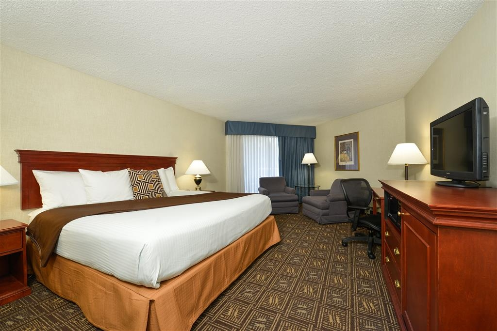 Best Western Greentree Inn - Relax, unwind, and enjoy your stay in Eugene!