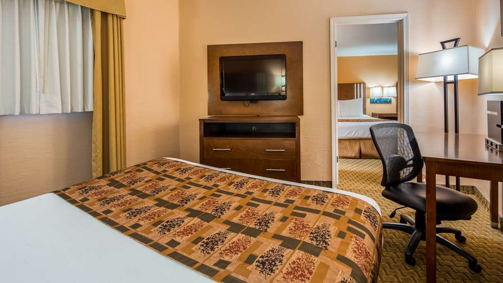 Best Western Skyline Motor Lodge - Suite