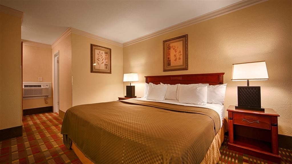 Best Western Garden Villa Inn - Wireless Internet is available in all of our guest rooms.