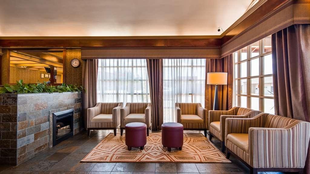 Best Western Garden Villa Inn - Vista del vestíbulo