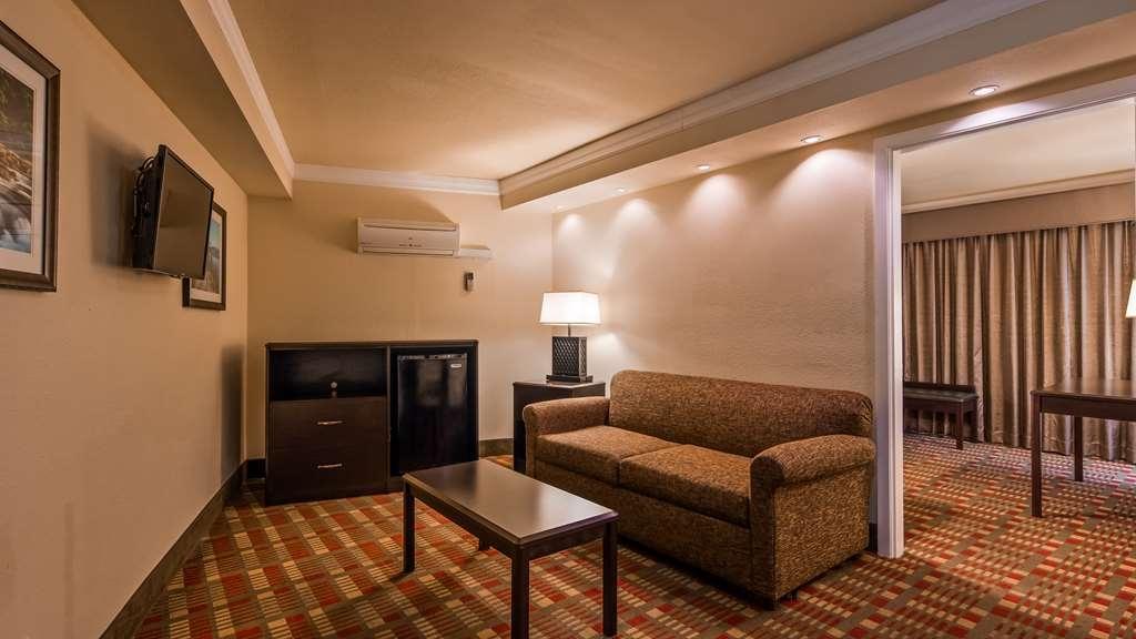 Best Western Garden Villa Inn - Suite