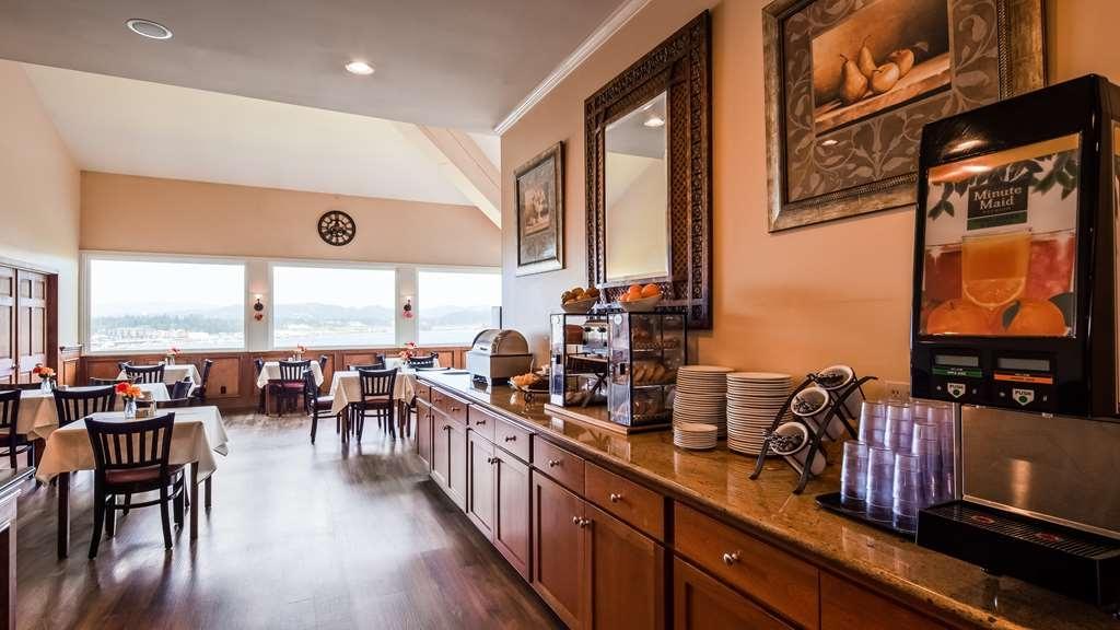 Best Western Pier Point Inn - Prima colazione a buffet