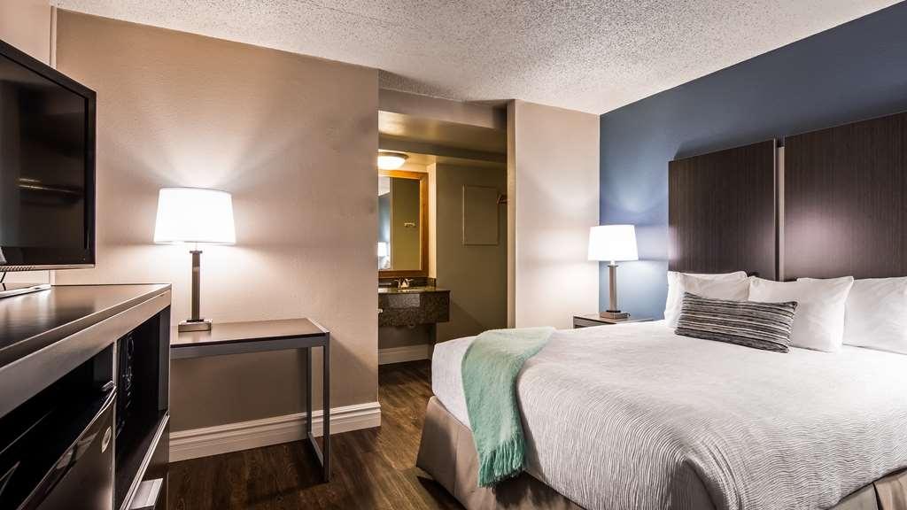 Best Western Pier Point Inn - Gästezimmer/ Unterkünfte