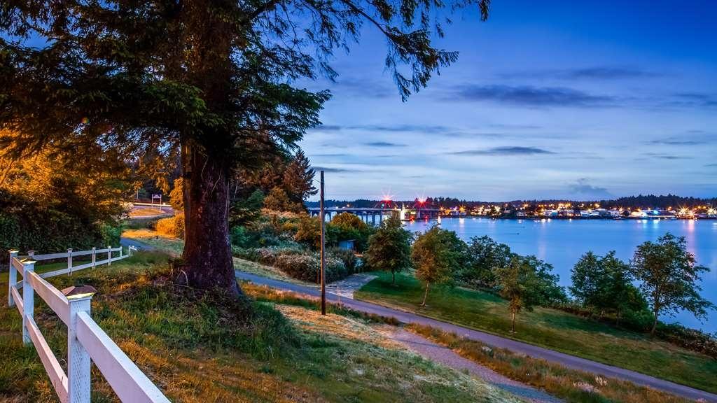 Best Western Pier Point Inn - Außenansicht