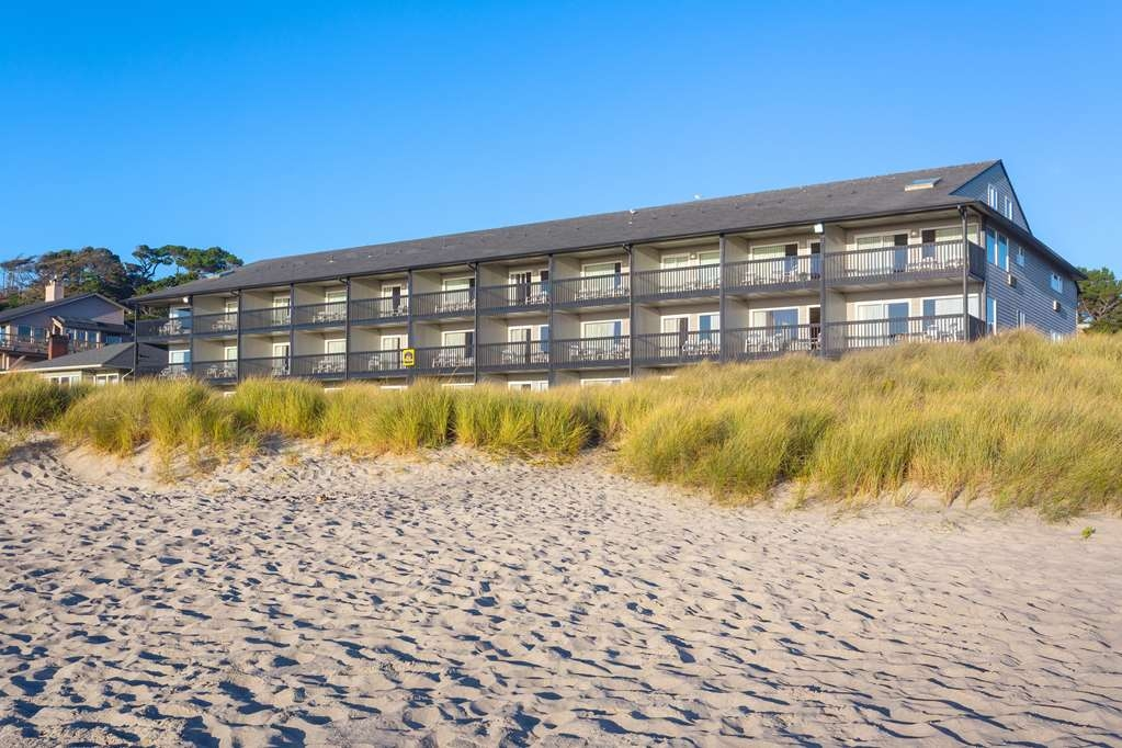Best Western Plus Lincoln Sands Oceanfront Suites - Beach Side Exterior