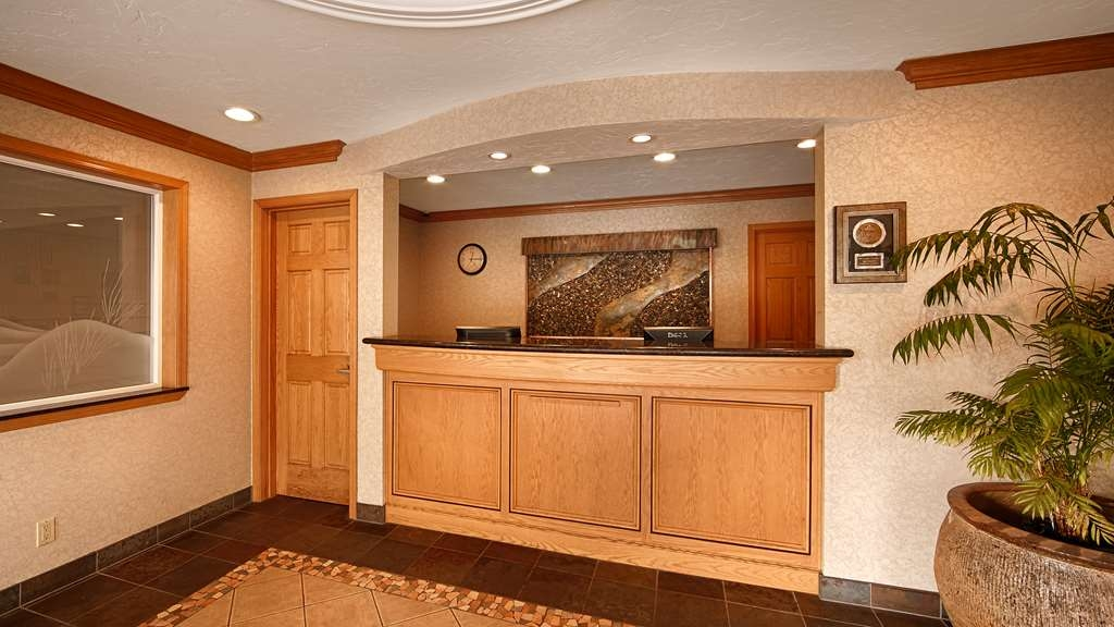 Best Western Plus Lincoln Sands Oceanfront Suites - Réception