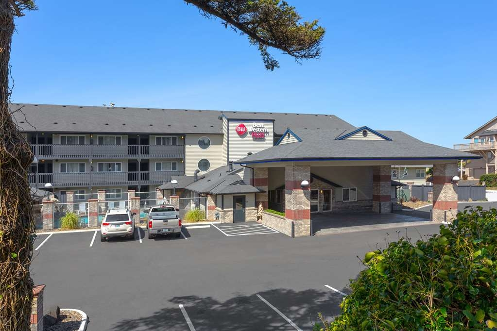 Best Western Plus Lincoln Sands Oceanfront Suites - frente-exterior