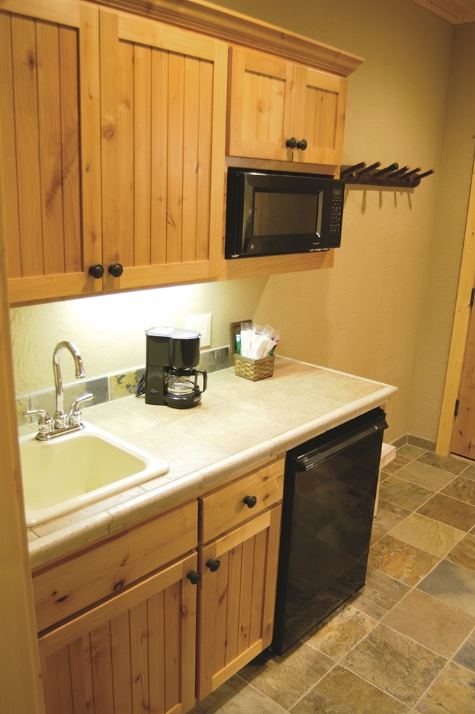 Best Western Ponderosa Lodge - cuisine/kitchenette