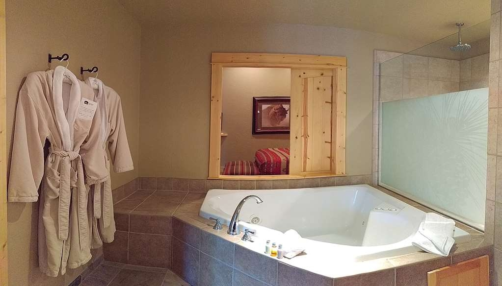 Best Western Ponderosa Lodge - suite
