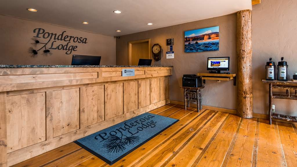 Best Western Ponderosa Lodge - Front Desk