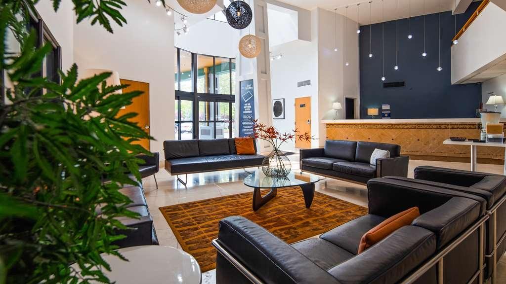 Best Western Inn at the Meadows - Lobbyansicht
