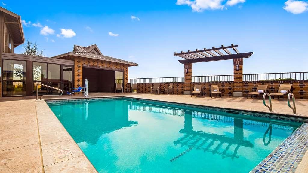 Best Western Pendleton Inn - Vista de la piscina