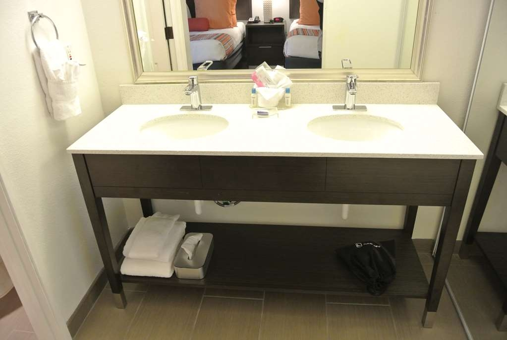 Best Western Corvallis - All guest bathrooms have a large vanity with plenty of room to unpack the necessities.