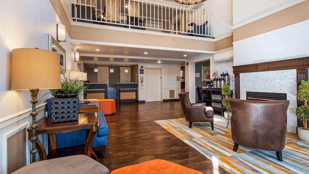 Best Western Corvallis - The moment you step into our spacious lobby, you'll feel like part of our caring family. Stay with people who value you as a guest.