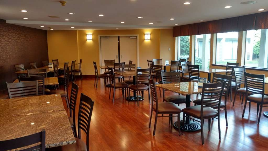 Best Western Pony Soldier Inn - Airport - Restaurant / Gastronomie