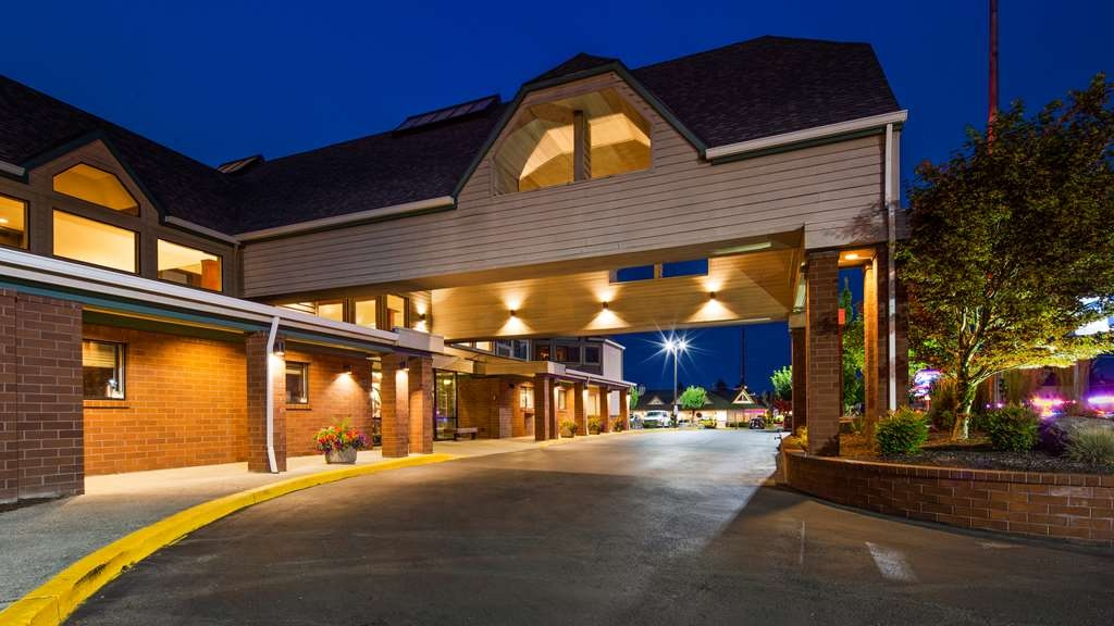 Best Western Pony Soldier Inn - Airport - Façade