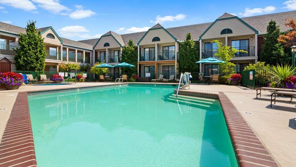 Best Western Pony Soldier Inn - Airport - Vue de la piscine