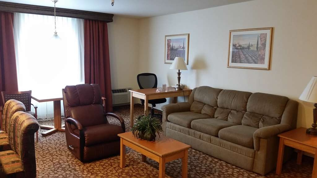 Best Western Plus Mill Creek Inn - Suite