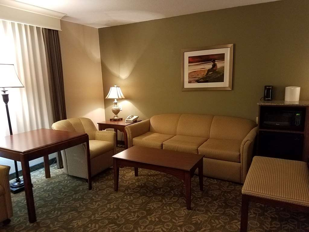 Best Western Salbasgeon Inn & Suites of Reedsport - Suite