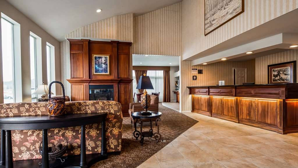 Best Western Salbasgeon Inn & Suites of Reedsport - Hall