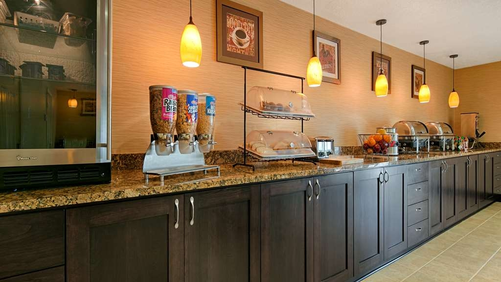 Best Western Grand Manor Inn - Prima colazione a buffet