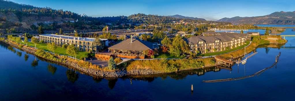 Best Western Plus Hood River Inn - 2019 aerial of full property