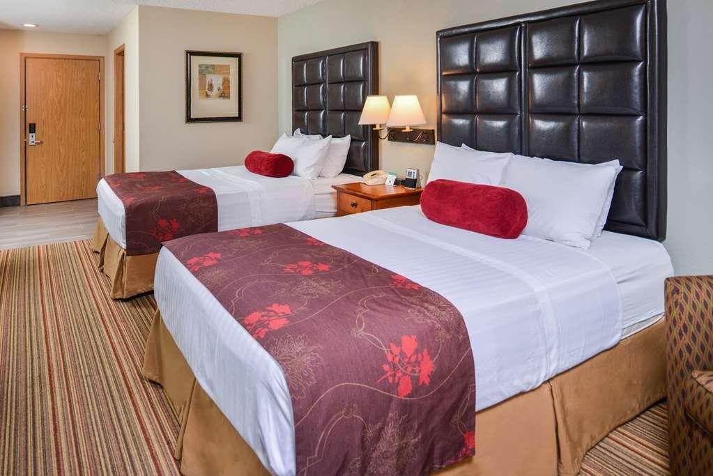 Best Western Plus Rama Inn - Gästezimmer/ Unterkünfte