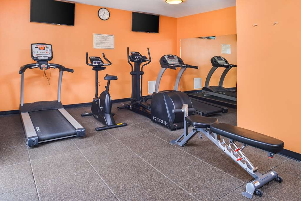 Best Western Plus Rama Inn - exercise chambre