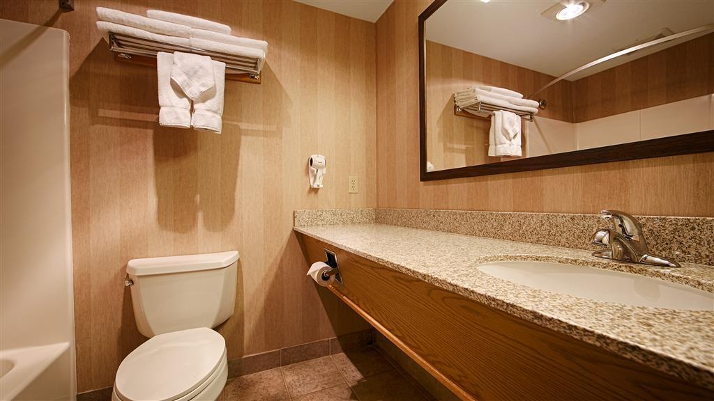 Best Western Prineville Inn - Cuarto de baño de clientes
