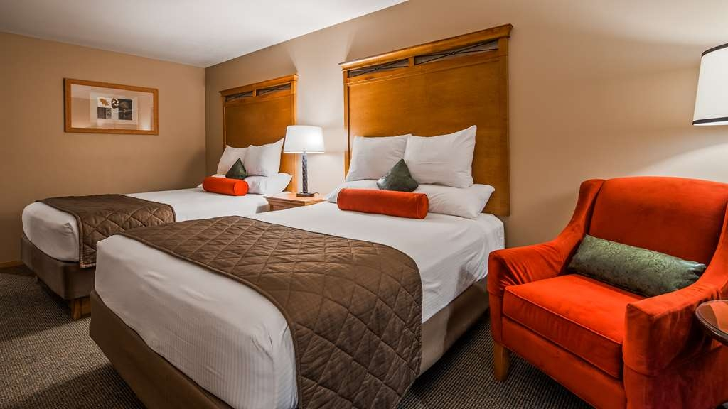 Best Western Prineville Inn - Our Double Queen Rooms are very comfortable!