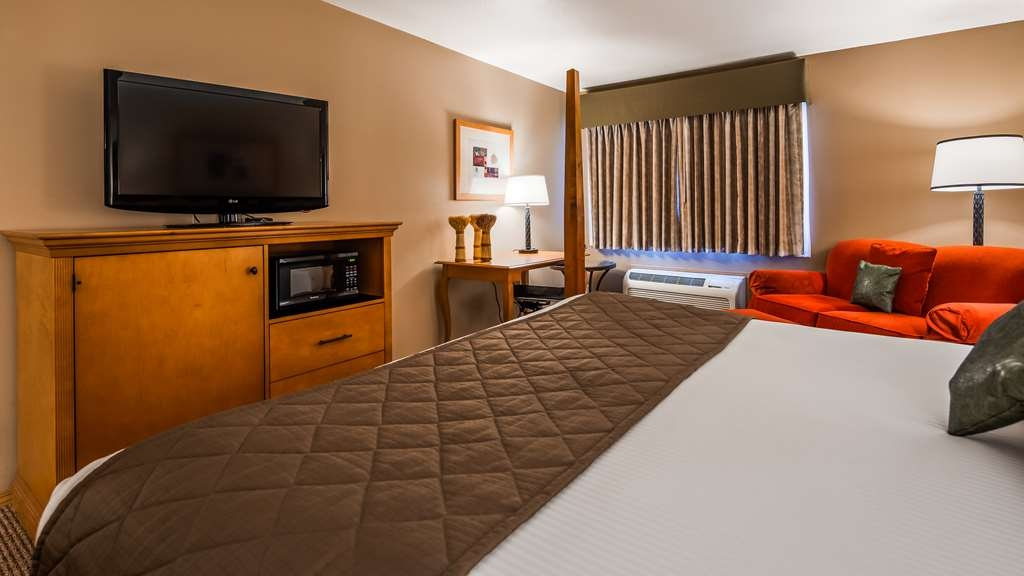 Best Western Prineville Inn - Make yourselve at home in one of our King Rooms!
