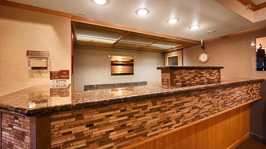 Best Western Plus Landmark Inn - empfang