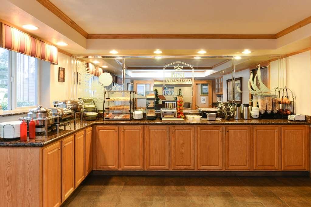 Best Western Plus Landmark Inn - Frühstücksbuffet