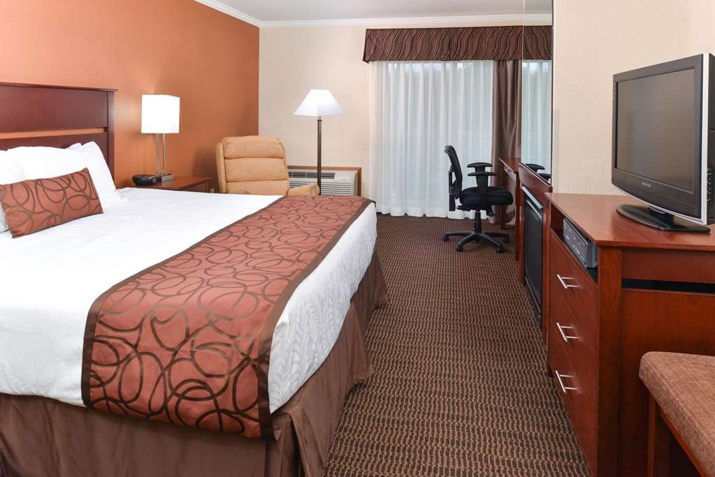 Best Western Plus Landmark Inn - Gästezimmer/ Unterkünfte