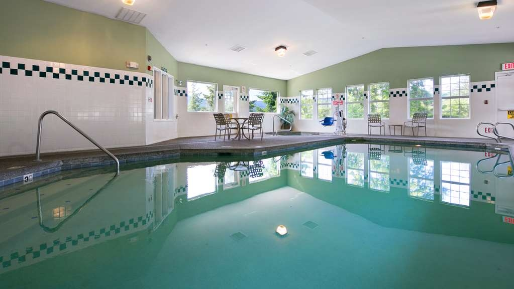 Best Western Plus Columbia River Inn - piscina coperta