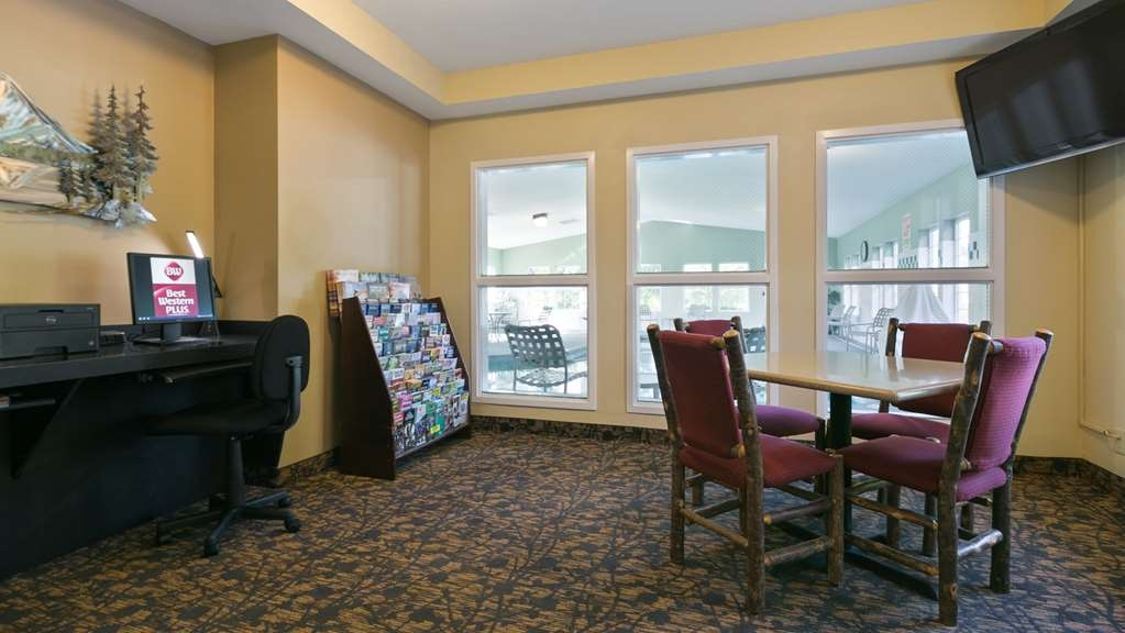 Best Western Plus Columbia River Inn - Hall