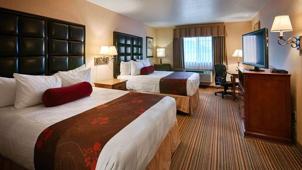 Best Western Plus Rama Inn & Suites - Our 2 queen guest rooms offer a 42-inch LCD TV, MP3 alarm clock radio, microwave and mini-refrigerator.