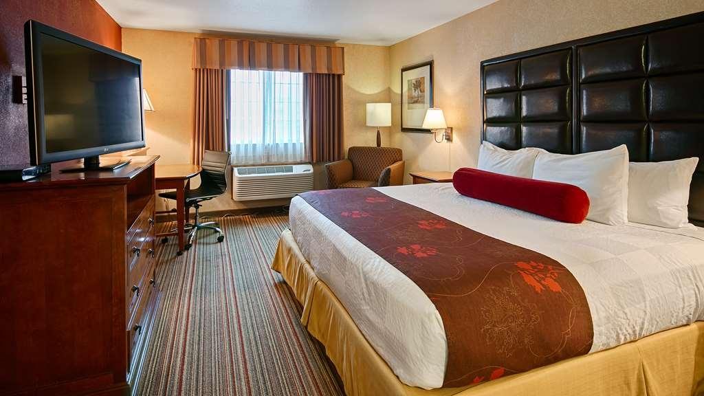 Best Western Plus Rama Inn & Suites - Camere / sistemazione