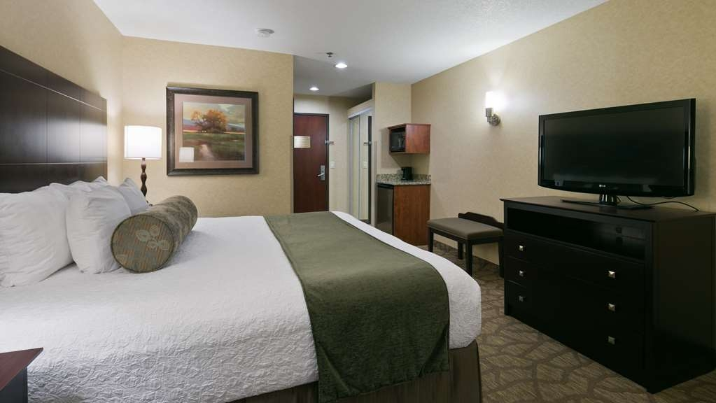 Best Western University Inn & Suites - Gästezimmer