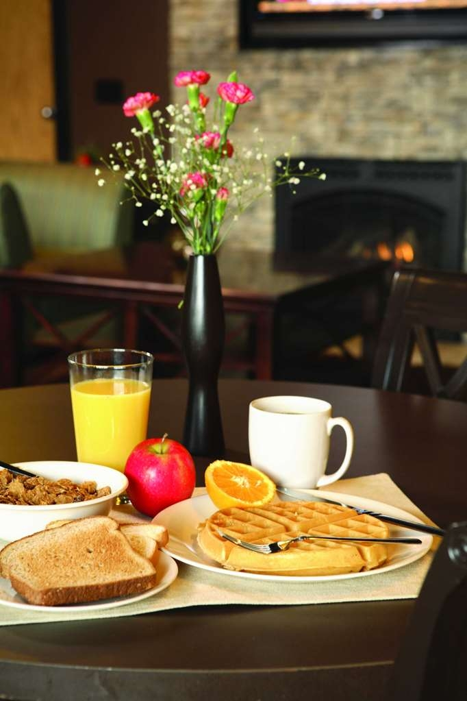 Best Western University Inn & Suites - Prima colazione a buffet