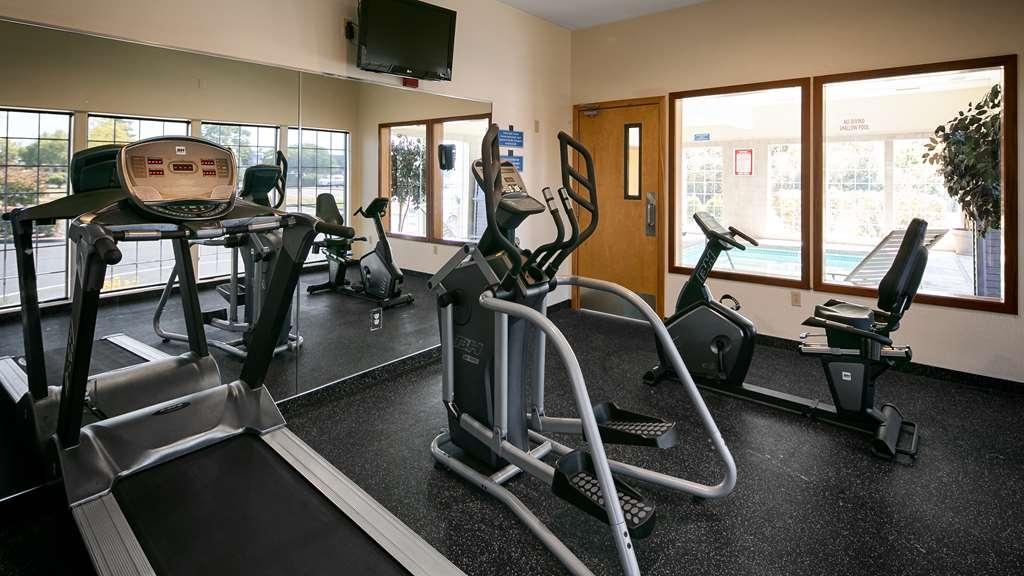 Best Western Dallas Inn & Suites - sala de ejercicios