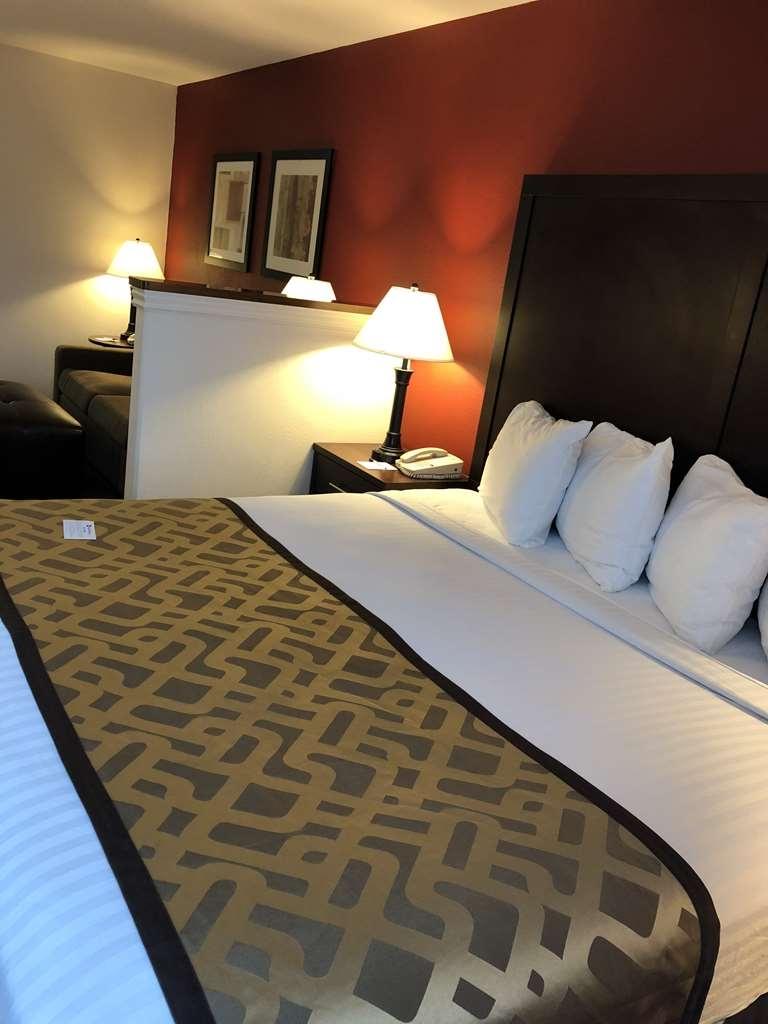 Best Western Dallas Inn & Suites - Habitaciones/Alojamientos