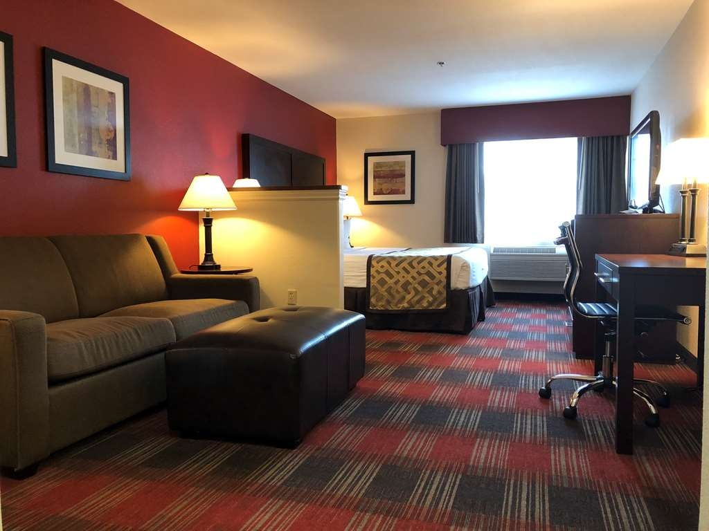 Best Western Dallas Inn & Suites - Suite