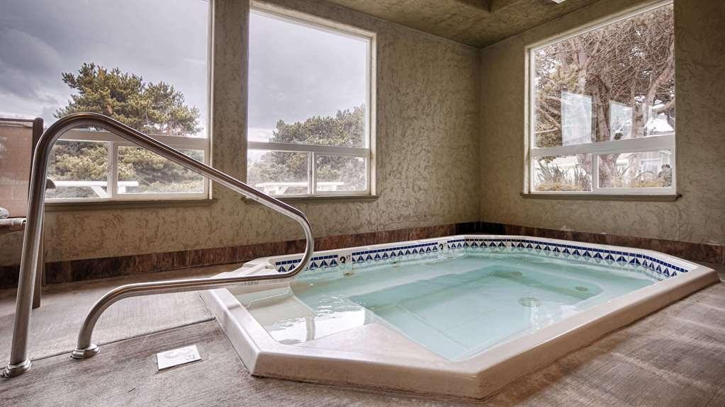 Best Western Inn at Face Rock - chaud baignoire