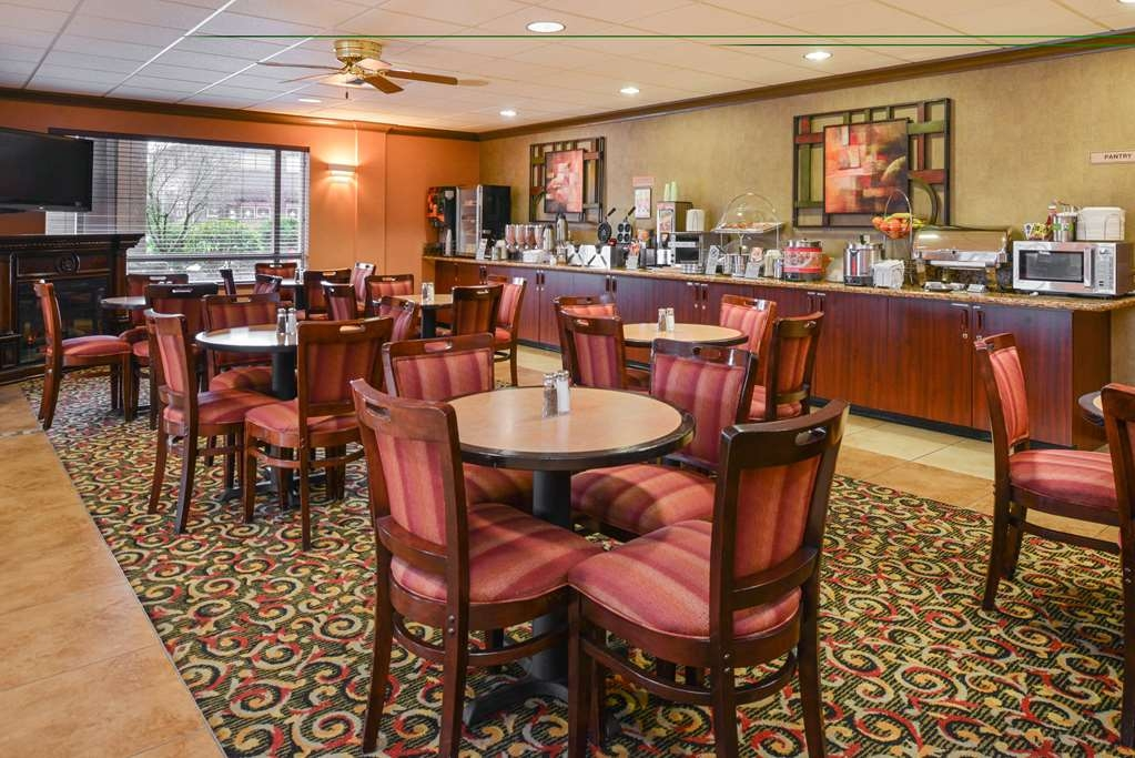 Best Western Plus Cascade Inn & Suites - Hall