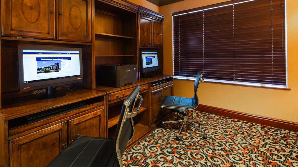 Best Western Plus Cascade Inn & Suites - centre des affaires