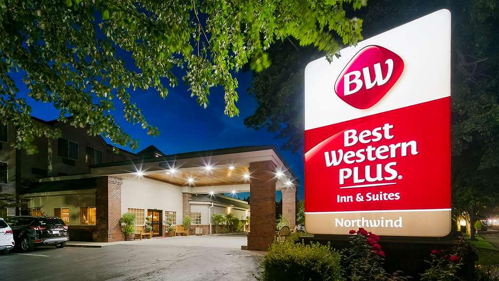 Best Western Plus Northwind Inn & Suites - Facciata dell'albergo