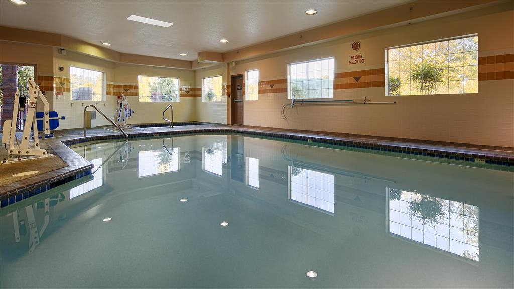 Best Western Plus Northwind Inn & Suites - The indoor pool is perfect for swimming laps or taking a quick dip.
