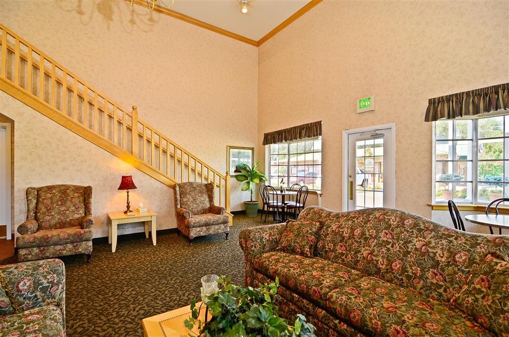 Best Western Horizon Inn - Lobby