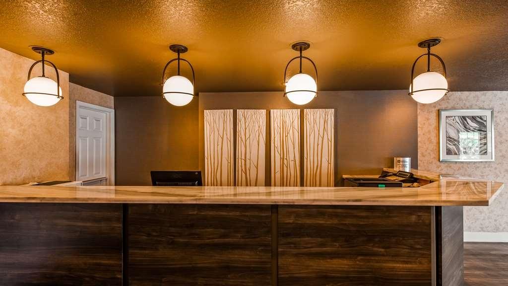 Best Western Horizon Inn - Front Desk